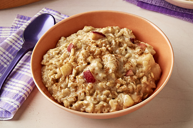 Make-Ahead Apple Cinnamon Oatmeal Image 1