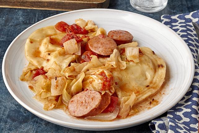 Casserole de saucisses kielbassa et de pierogis à la mijoteuse Image 1