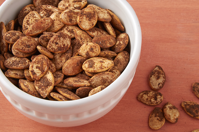 Roasted & Seasoned Pumpkin Seeds Image 1