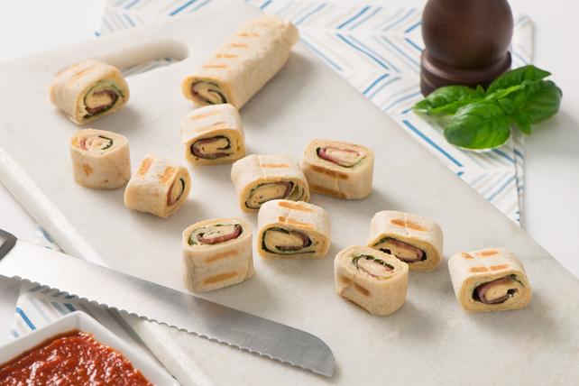 Rouleaux de paninis au salami et au fromage Image 1