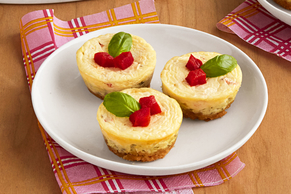 Mini Red Pepper-Pesto Cheesecakes