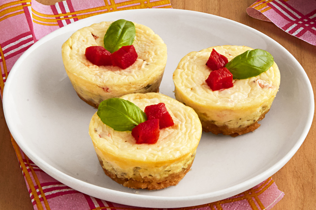 Mini Red Pepper-Pesto Cheesecakes Image 1