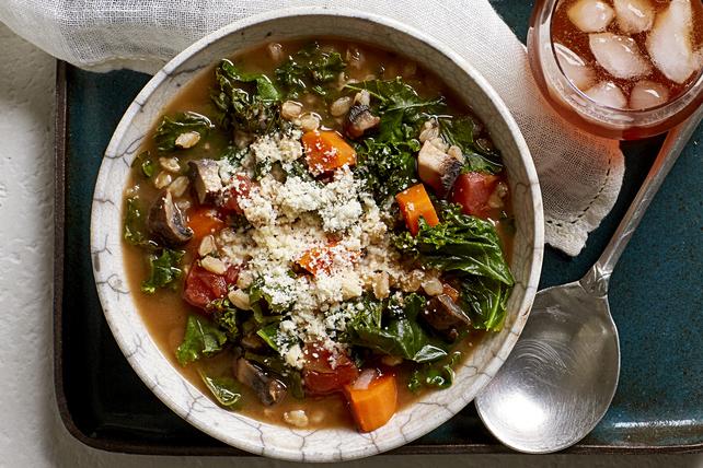 Soupe au chou frisé et à l'épeautre Image 1