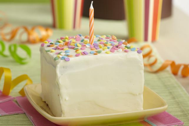 Gâteau de premier anniversaire à détruire Image 1