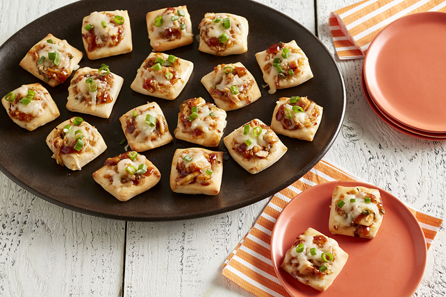 Hawaiian BBQ Chicken Pizza Bites Image 1
