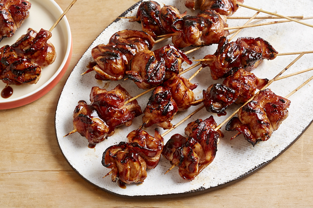 Brochettes de poulet barbecue et de bacon Image 1