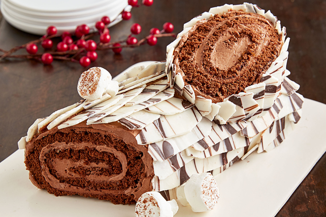 Chocolate Yule Log Cake Image 1