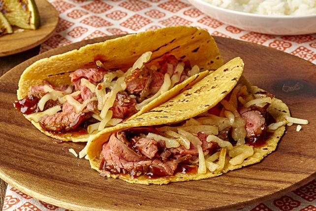 Tacos au bifteck de flanc barbecue et au fromage Image 1