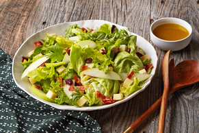 Mixed Green Salad with Apples