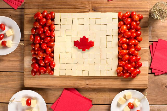 Plateau de fromage pour la fête du Canada Image 1