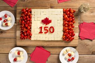 Plateau de fromage pour la fête du Canada