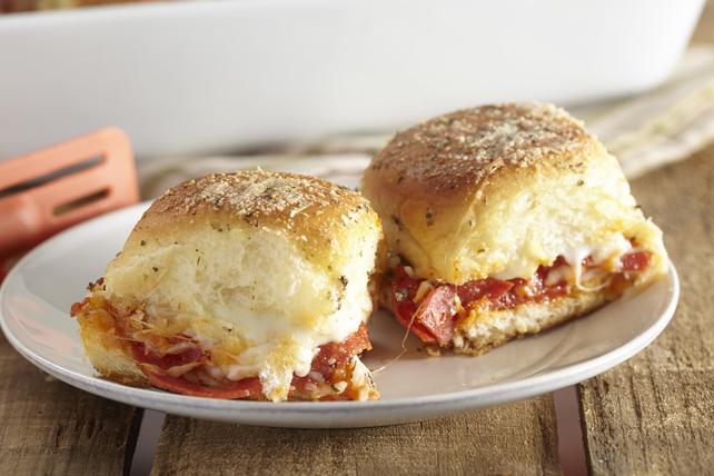 Pepperoni Pizza Sliders Image 1