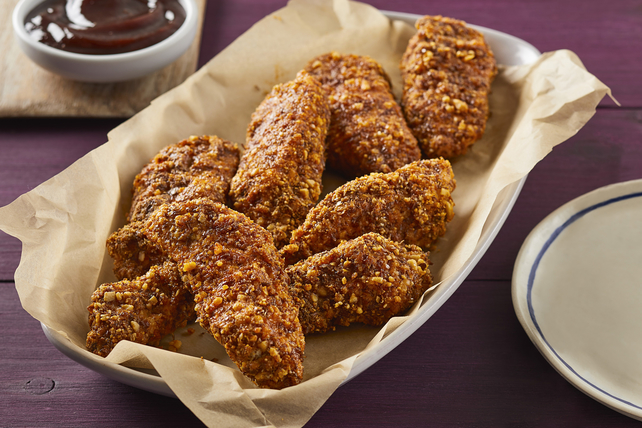 Almond- and Flax-Crusted Chicken Tenders Image 1