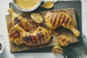Cuisses de poulet grillées au cari