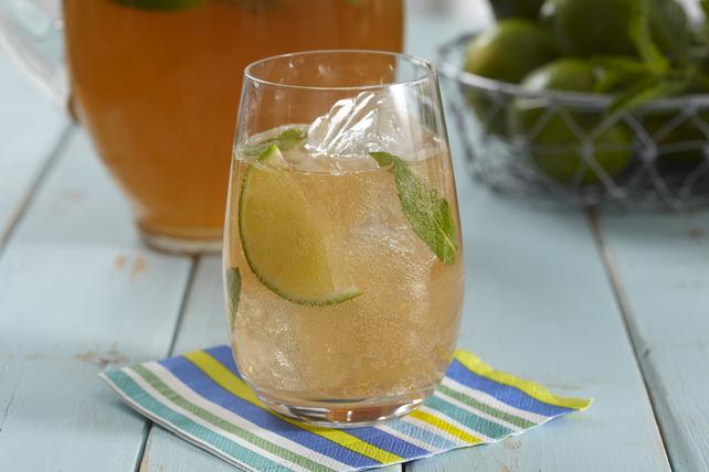 Peach-Mango-Green Tea Mocktail Image 1