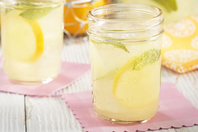 Limonade pétillante à la menthe Image 1