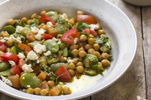 Salade de pois chiches piquante au féta