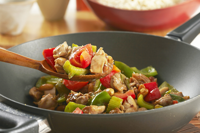 Takeout-Style Kung Pao Chicken Image 1
