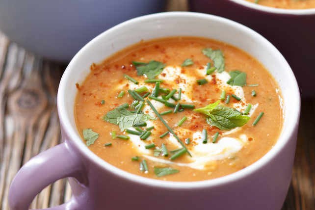 Soupe à la courge musquée rôtie et aux tomates Image 1