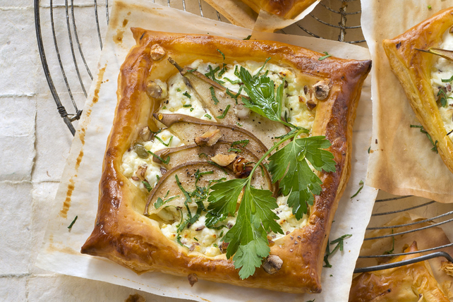 Pear & Feta Tarts with Walnuts Image 1
