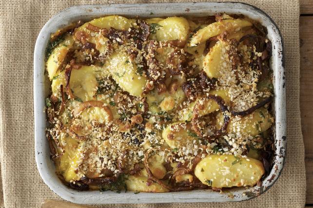 Casserole d'oignons et de pommes de terre à la française Image 1