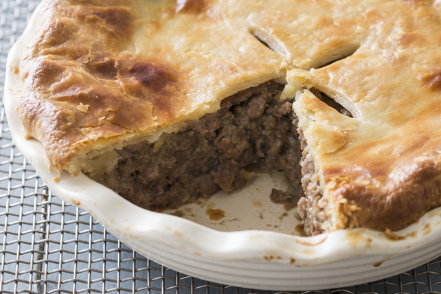 Country Meat and Potato Pie Image 1