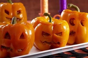 Poivrons farcis «citrouille d'Halloween»