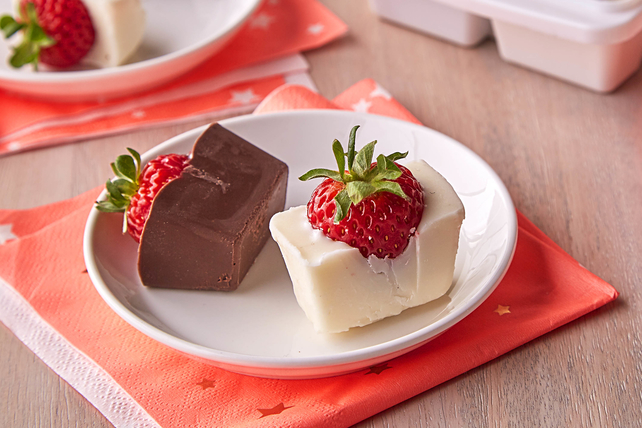 Easy Chocolate-Covered Strawberries