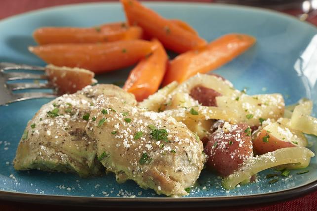 Slow-Cooker Garlic-Parmesan Chicken Image 1