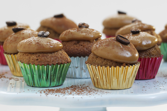 Mini Easy Mocha Cupcakes Image 1