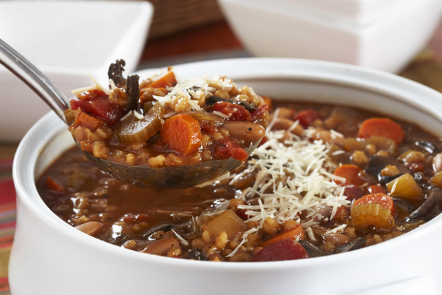 Soupe aux haricots et à l'orge à la mijoteuse Image 1