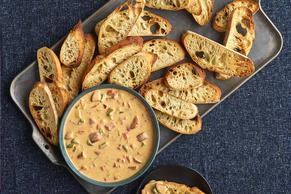 Slow-Cooker Cheesy Jambalaya Dip