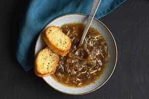 Electric Pressure Cooker French Onion Soup