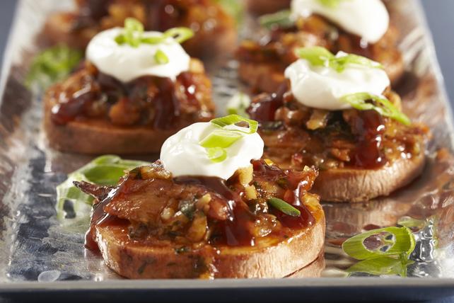 Cheesy BBQ Chicken-Sweet Potato Slices Image 1