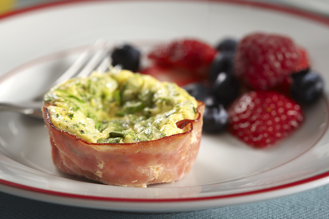 Cheesy Ham-and-Egg Muffin Cups Image 1
