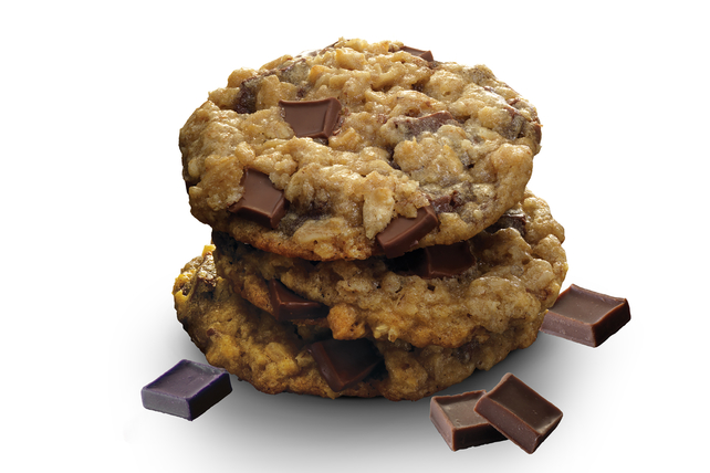 BAKER'S Oatmeal-Milk Chocolate Chunk Cookies Image 1