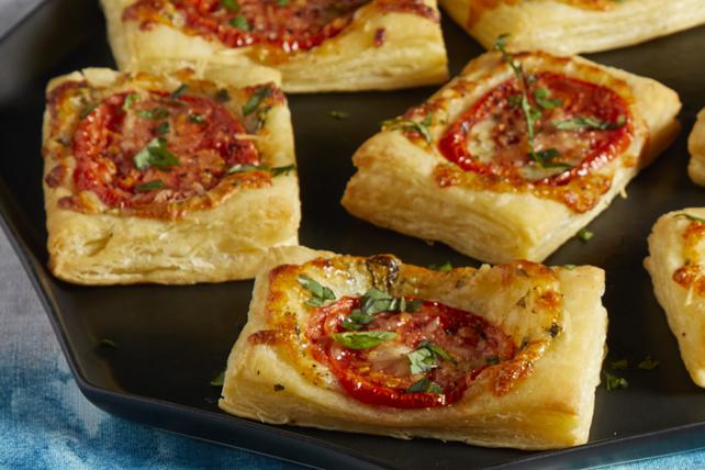 Feuilletés au fromage, aux tomates et au basilic Image 1