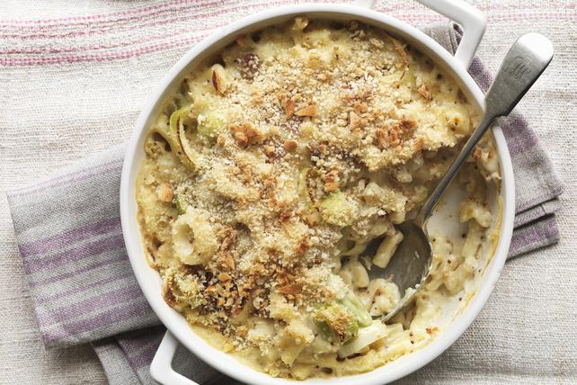 Casserole de macaroni au fromage avec poireaux et pancetta Image 1