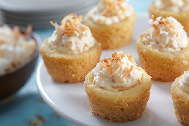Mini Coconut Cheesecakes Bites Image 1