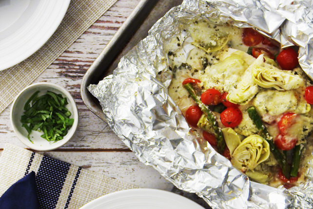 Pesto Chicken & Vegetable Medley Packets Image 1