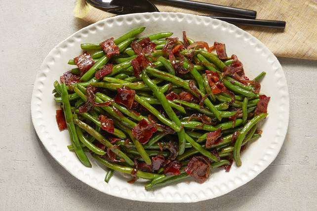 Southern Bacon-Glazed Green Beans Image 1