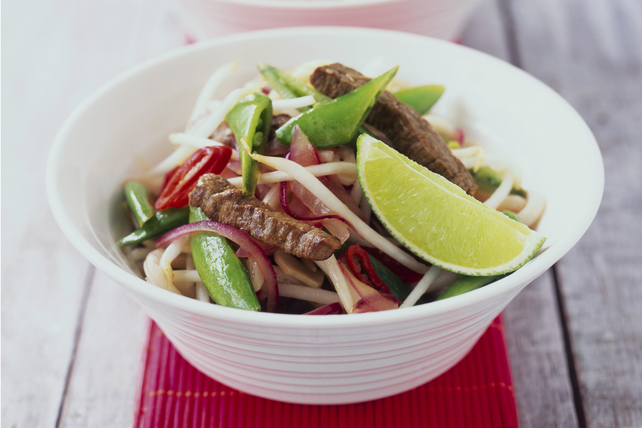 25-Minute Spicy Stir-Fry with Pork and Sprouts Image 1
