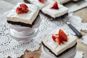 Gâteau au fromage au brownie et fraises Image 2