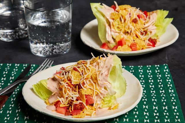 Salade de quartiers de laitue à la mexicaine Image 1