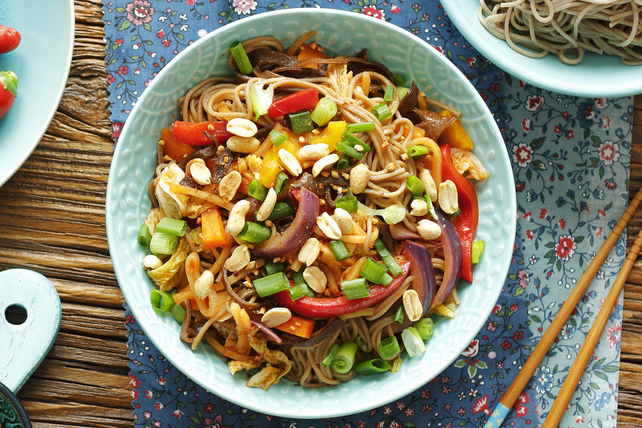 Noodles with Stir-Fry Vegetables Image 1