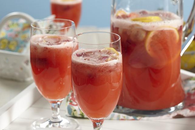 Sparkling Strawberry-Elderflower Lemonade Image 1