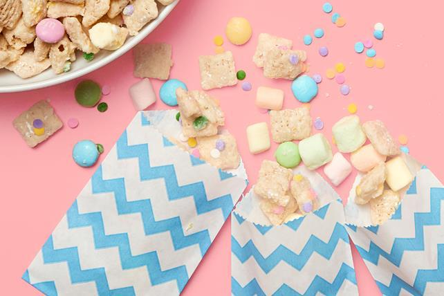 Springtime Snack Mix Image 1