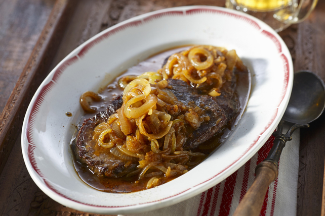 Beer-Braised Beef with Onions Image 1