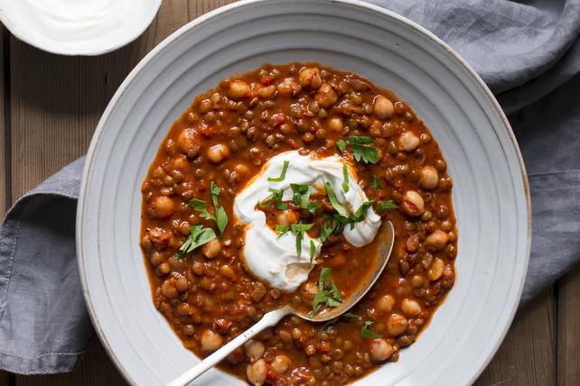 Soupe marocaine épicée aux lentilles et aux pois chiches Image 1