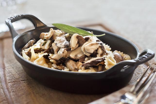 Pâtes crémeuses aux champignons et à la sauge Image 1